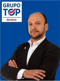 Moisés Araújo - RE/MAX - Top