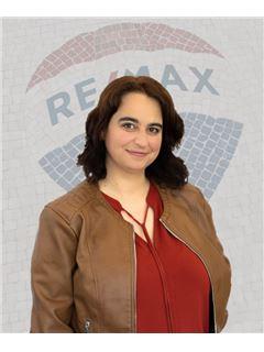 Nélia Matos - RE/MAX - Mar