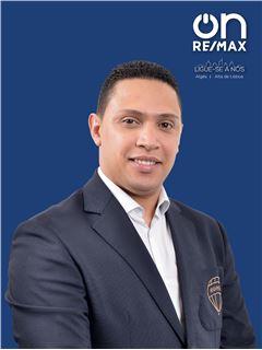 Leandro Santos - RE/MAX - On