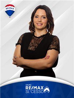 Daniela Monteiro - RE/MAX - Sucesso
