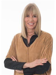 Paula Mónica - RE/MAX - Universal