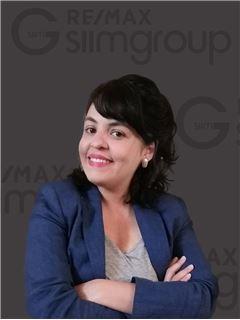 Adriana Botelho - RE/MAX - SiimGroup Capital