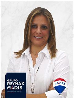 Miriam Portocarrero - RE/MAX - Madis