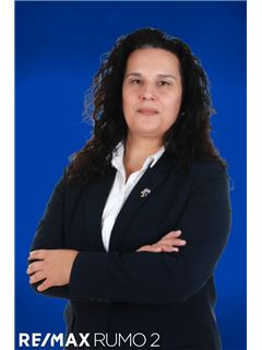 Dina Alves - RE/MAX - Rumo II