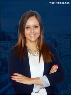 Office Staff - Anabela Nascimento - RE/MAX - Class II