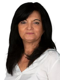 Irene Pereira - RE/MAX - White