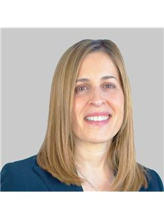 Maria João Gonçalves - Chefe de Equipa Maria João Gonçalves - RE/MAX - Forever