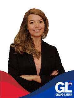 Claudia Silva - RE/MAX - Latina