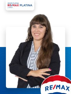 Cátia Oliveira - Membro de Equipa Carlos Almeida - RE/MAX - Platina