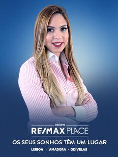 Office Staff - Priscila Lima - RE/MAX - Place