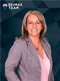 Fernanda Gil - RE/MAX - Team