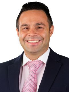 José Menezes - RE/MAX - White II
