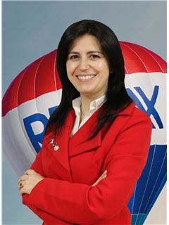 Angela Silva - RE/MAX - Market