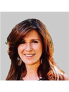 Matilde Ástias - Chefe de Equipa Matilde Astias - RE/MAX - Forever