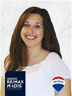 Office Staff - Rita Carronha - RE/MAX - Madis