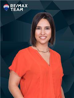 Carolina Vieira - RE/MAX - Team II