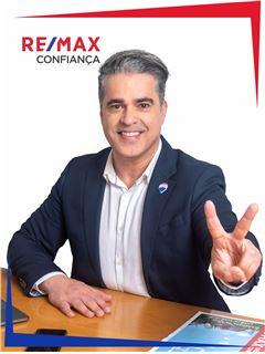 Jorge José - Parceria Jorge José e Jéssica José - RE/MAX - Confiança