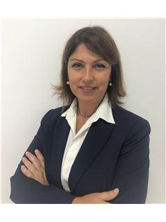 Ana Araújo - Diretora Comercial - RE/MAX - Shiny House