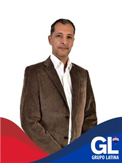 Carlos Correia - RE/MAX - Latina Consulting