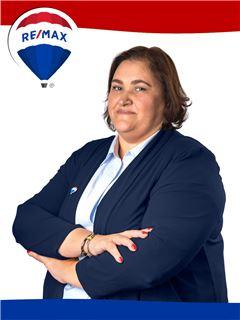 Fernanda Braz - RE/MAX - Mosteiro