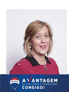 Office Staff - Manuela Marinho - RE/MAX - Vantagem Central