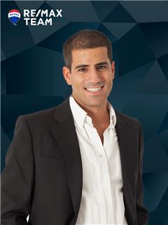 Hugo Soares - Membro de Equipa Mais Partilha - RE/MAX - Team