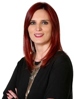 Office Staff - Silvia Magalhães - RE/MAX - Win