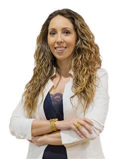 Júlia Mendes - RE/MAX - Universal