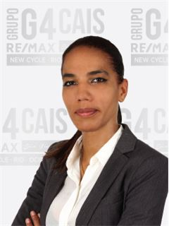 Carla Mata - RE/MAX - G4 Cais