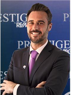 Tiago Mogas - RE/MAX - Prestige
