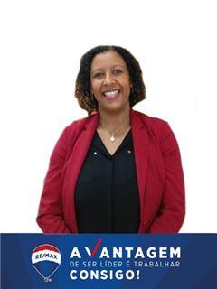 Υπάλληλος γραφείου - Crisólita Silva Martins - RE/MAX - Vantagem Central