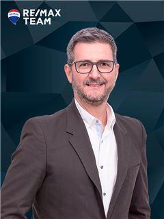 Alberto Gonçalves - RE/MAX - Team