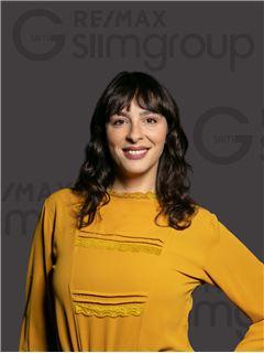 Daniela Giblott - RE/MAX - Capital