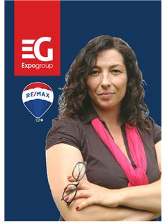 Associate - Ana Silveira - RE/MAX - Costa Do Sol
