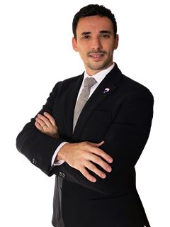 Adriano Marchesini - RE/MAX - Now