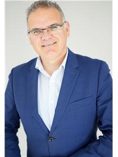 Financial Advisor - Paulo Teixeira - RE/MAX - Albufeira Smart