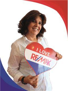 Paula Bernardo - RE/MAX - Montanha