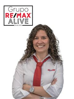 Office Staff - Andreia Rosa - RE/MAX - Alive Nexus