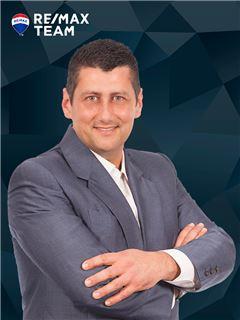 Broker/Owner - Paulo M. Oliveira - RE/MAX - Team V