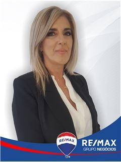 Clara Barbosa - RE/MAX - Negócios