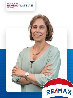 Office Staff - Cristina Barradas - RE/MAX - Platina II
