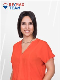 Carolina Vieira - RE/MAX - Team II