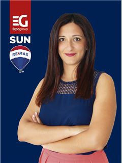 Beatriz Toscano - RE/MAX - Sun IV