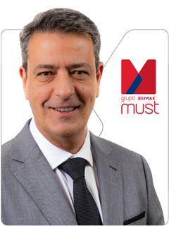 Luis Machado - RE/MAX - Must