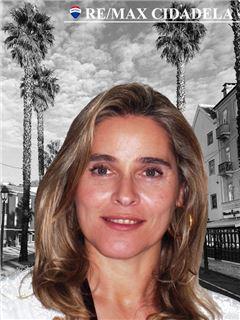 Leonor Trindade - RE/MAX - Cidadela