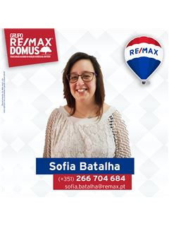 Office Staff - Sofia Batalha - RE/MAX - Domus
