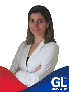 Iara Correia - RE/MAX - Latina