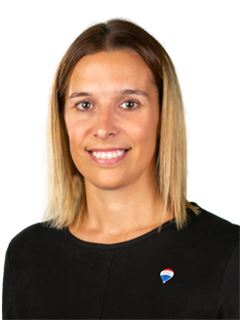 Ana Tomás - RE/MAX - White II