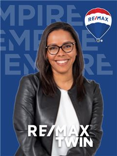 Andrea Pita Gróz - RE/MAX - Twin