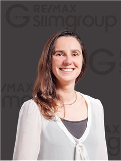 Team Manager - Ana Bravo - RE/MAX - Miraflores